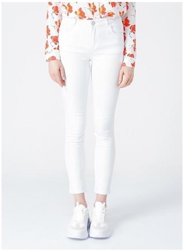 U.S. Polo Assn. U.S. Polo Assn. Beyaz Kadın Pantolon Beyaz